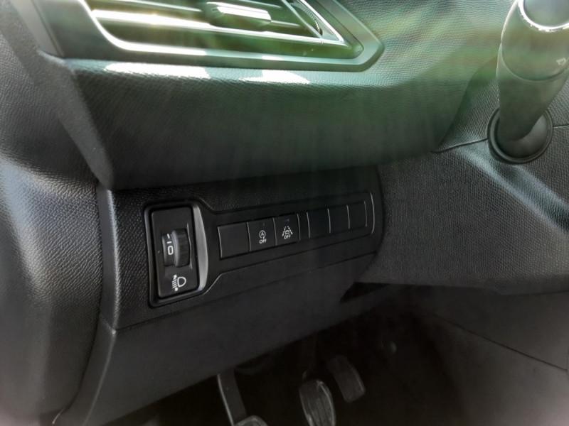 Photo 22 de l'offre de PEUGEOT 308 BlueHDi 130ch SetS BVM6 Active Business à 12900€ chez Centrale auto marché Périgueux