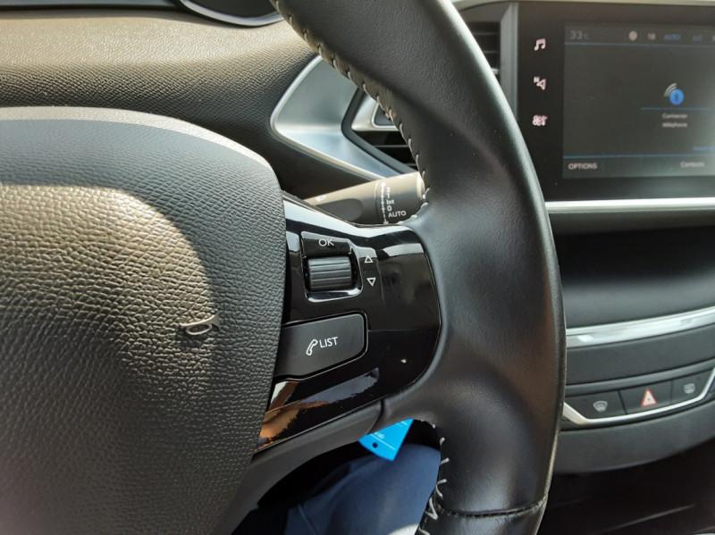 Photo 47 de l'offre de PEUGEOT 308 BlueHDi 130ch SetS BVM6 Active Business à 12900€ chez Centrale auto marché Périgueux