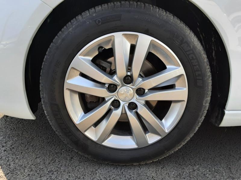 Photo 35 de l'offre de PEUGEOT 308 BlueHDi 130ch SetS BVM6 Active Business à 12900€ chez Centrale auto marché Périgueux