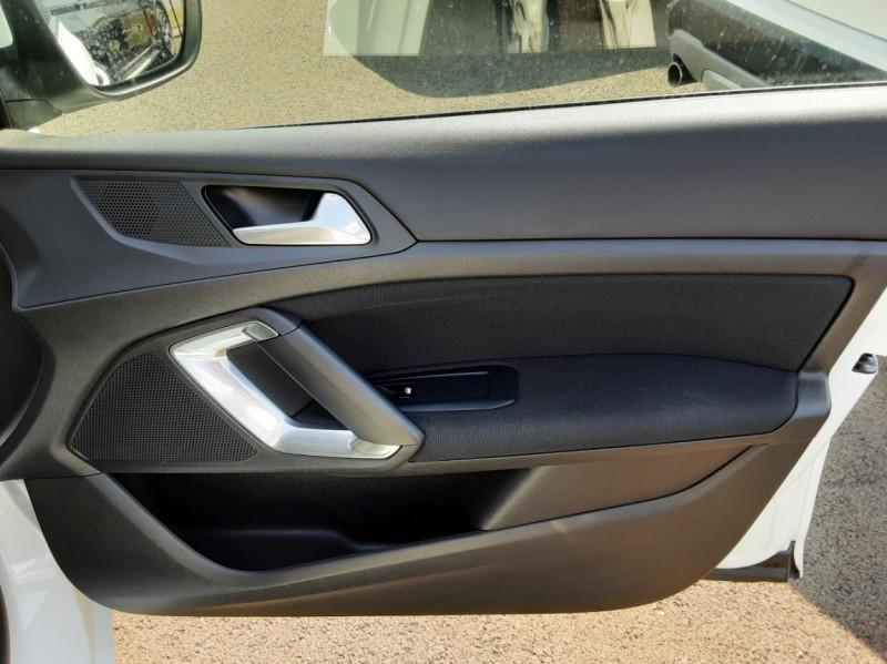 Photo 46 de l'offre de PEUGEOT 308 BlueHDi 130ch SetS BVM6 Active Business à 12900€ chez Centrale auto marché Périgueux