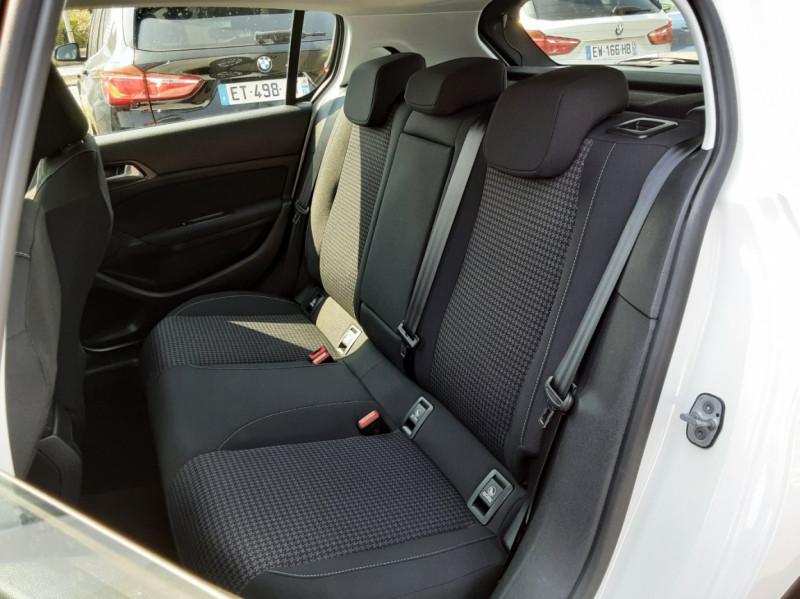 Photo 19 de l'offre de PEUGEOT 308 BlueHDi 130ch SetS BVM6 Active Business à 12900€ chez Centrale auto marché Périgueux