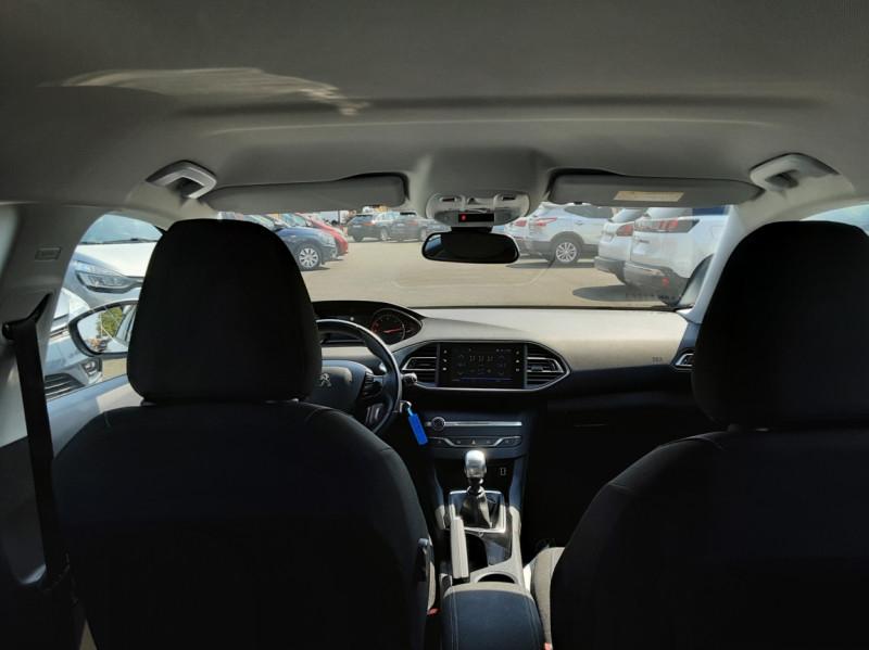 Photo 45 de l'offre de PEUGEOT 308 BlueHDi 130ch SetS BVM6 Active Business à 12900€ chez Centrale auto marché Périgueux