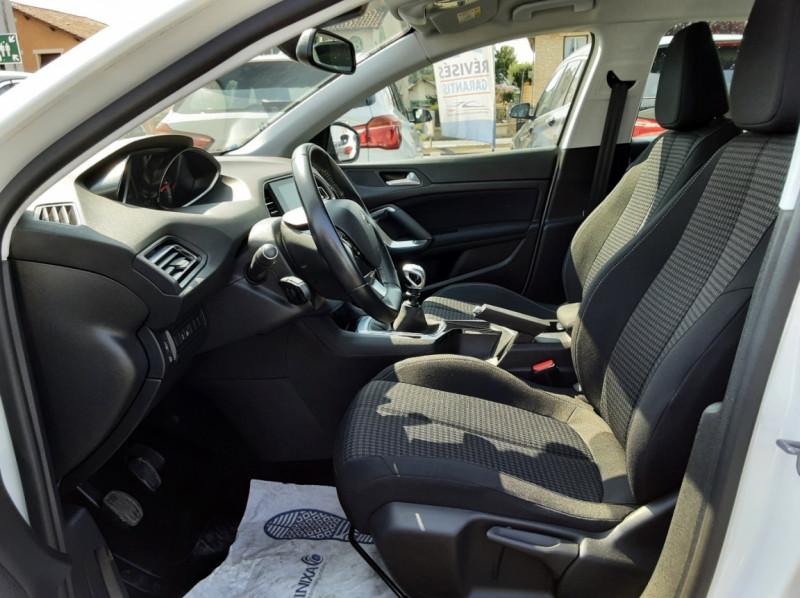 Photo 15 de l'offre de PEUGEOT 308 BlueHDi 130ch SetS BVM6 Active Business à 12900€ chez Centrale auto marché Périgueux