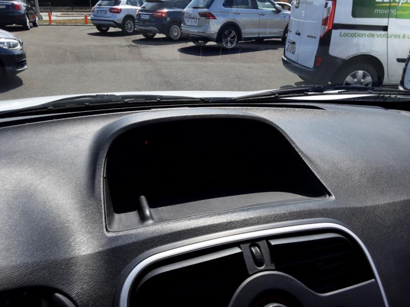 Photo 33 de l'offre de RENAULT KANGOO EXPRESS 1.5 DCI 75 ENERGY E6 CONFORT à 10300€ chez Centrale auto marché Périgueux