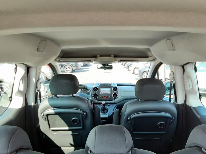 Photo 16 de l'offre de PEUGEOT PARTNER Tepee 1.6 BlueHDi 100ch SetS BVM5 Outdoor à 14990€ chez Centrale auto marché Périgueux