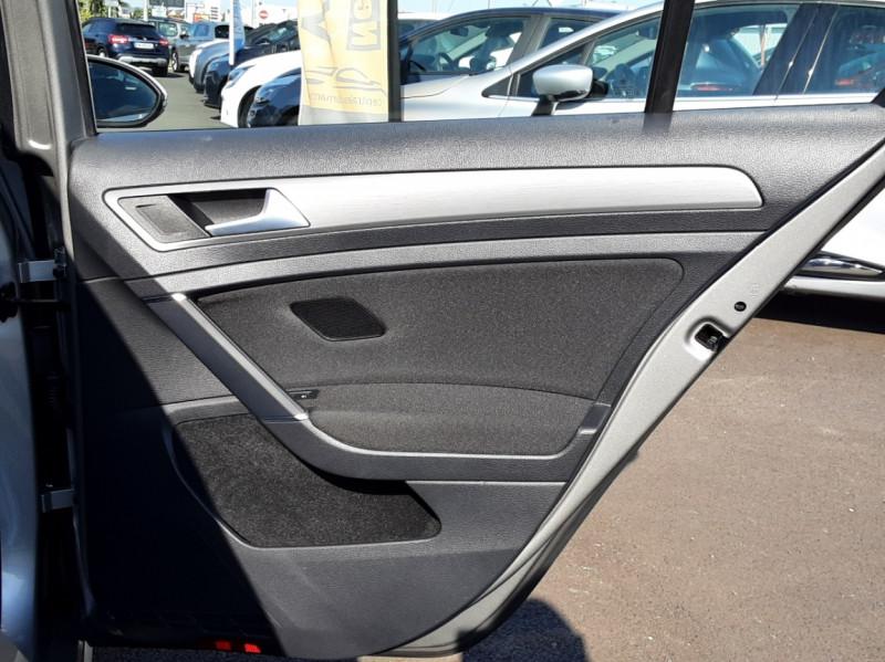 Photo 38 de l'offre de VOLKSWAGEN GOLF 1.6 TDI 110ch  BMT FAP Confortline à 13900€ chez Centrale auto marché Périgueux