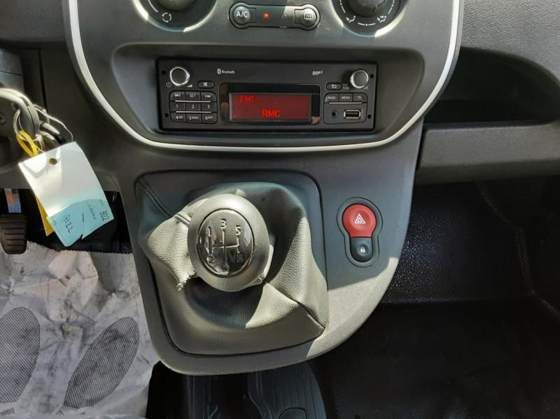 Photo 40 de l'offre de RENAULT KANGOO EXPRESS 1.5 DCI 75 ENERGY E6 CONFORT à 10300€ chez Centrale auto marché Périgueux