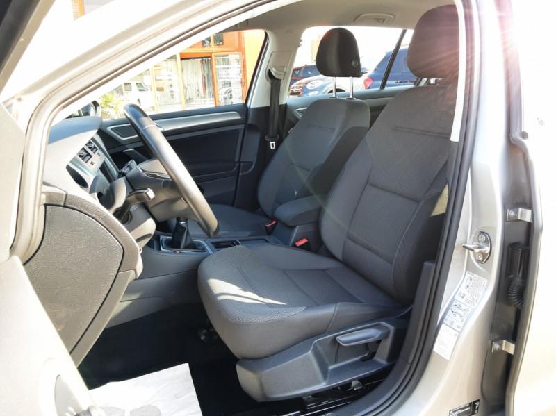 Photo 12 de l'offre de VOLKSWAGEN GOLF 1.6 TDI 110ch  BMT FAP Confortline à 13900€ chez Centrale auto marché Périgueux