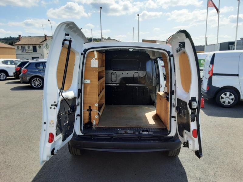 Photo 18 de l'offre de RENAULT KANGOO EXPRESS 1.5 DCI 75 ENERGY E6 CONFORT à 10300€ chez Centrale auto marché Périgueux