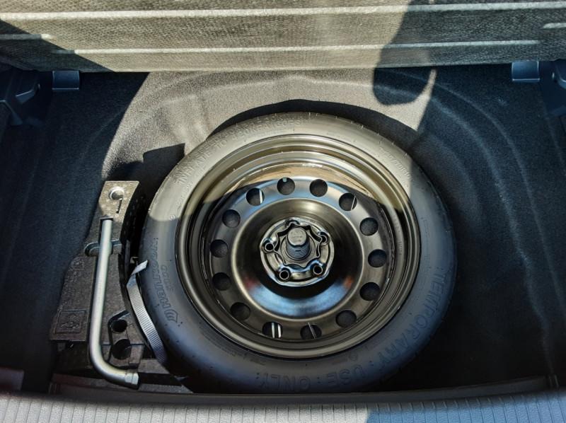 Photo 19 de l'offre de VOLKSWAGEN GOLF 1.6 TDI 110ch  BMT FAP Confortline à 13900€ chez Centrale auto marché Périgueux