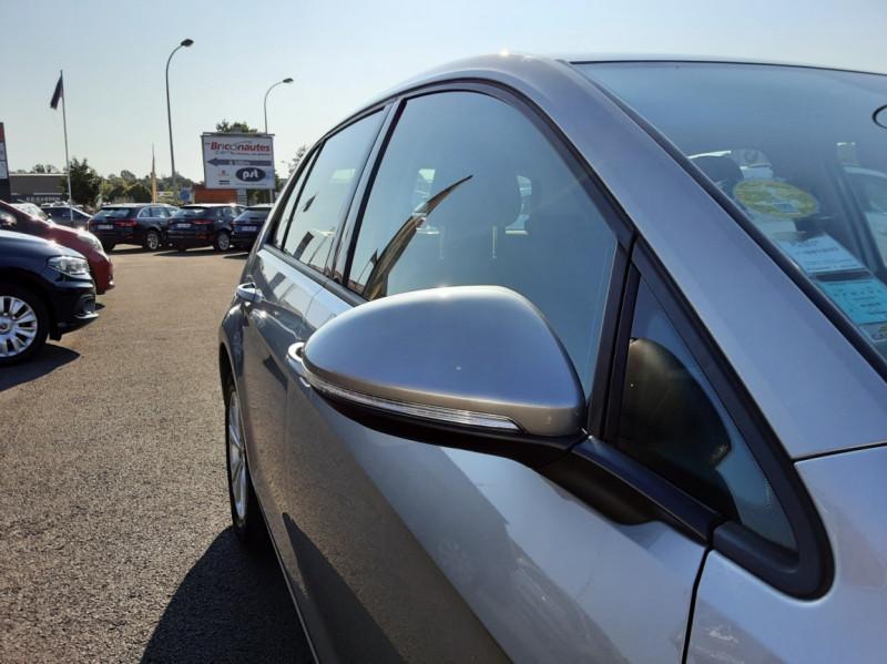 Photo 23 de l'offre de VOLKSWAGEN GOLF 1.6 TDI 110ch  BMT FAP Confortline à 13900€ chez Centrale auto marché Périgueux