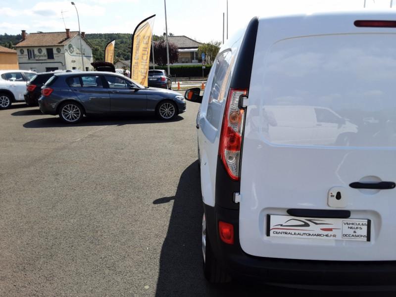 Photo 31 de l'offre de RENAULT KANGOO EXPRESS 1.5 DCI 75 ENERGY E6 CONFORT à 10300€ chez Centrale auto marché Périgueux