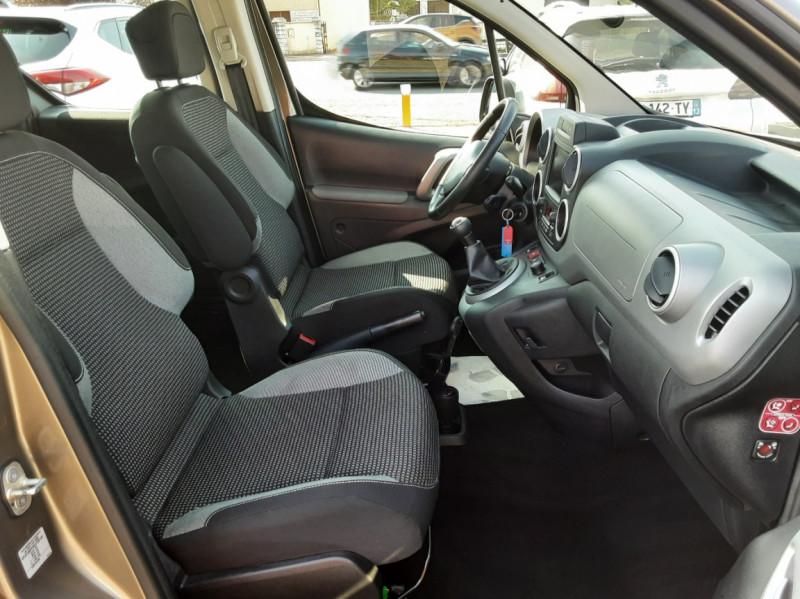 Photo 39 de l'offre de PEUGEOT PARTNER Tepee 1.6 BlueHDi 100ch SetS BVM5 Outdoor à 14990€ chez Centrale auto marché Périgueux
