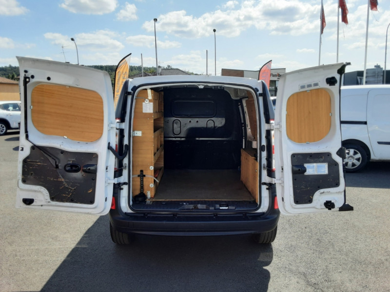 Photo 19 de l'offre de RENAULT KANGOO EXPRESS 1.5 DCI 75 ENERGY E6 CONFORT à 10300€ chez Centrale auto marché Périgueux