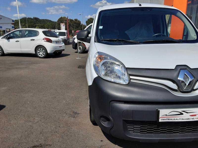 Photo 27 de l'offre de RENAULT KANGOO EXPRESS 1.5 DCI 75 ENERGY E6 CONFORT à 10300€ chez Centrale auto marché Périgueux