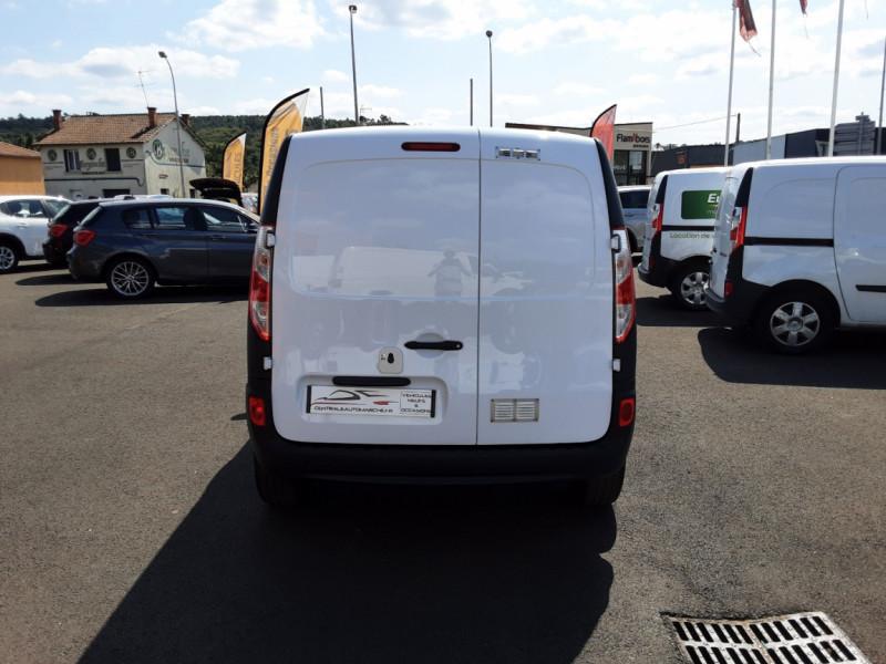 Photo 4 de l'offre de RENAULT KANGOO EXPRESS 1.5 DCI 75 ENERGY E6 CONFORT à 10300€ chez Centrale auto marché Périgueux