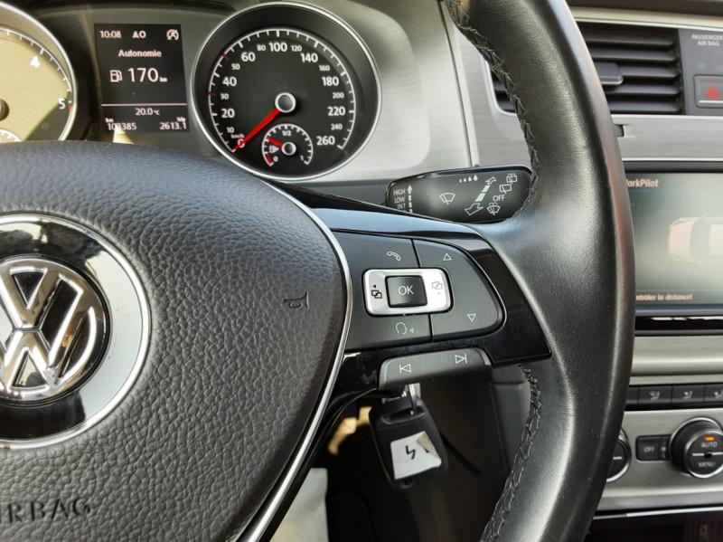 Photo 48 de l'offre de VOLKSWAGEN GOLF 1.6 TDI 110ch  BMT FAP Confortline à 13900€ chez Centrale auto marché Périgueux