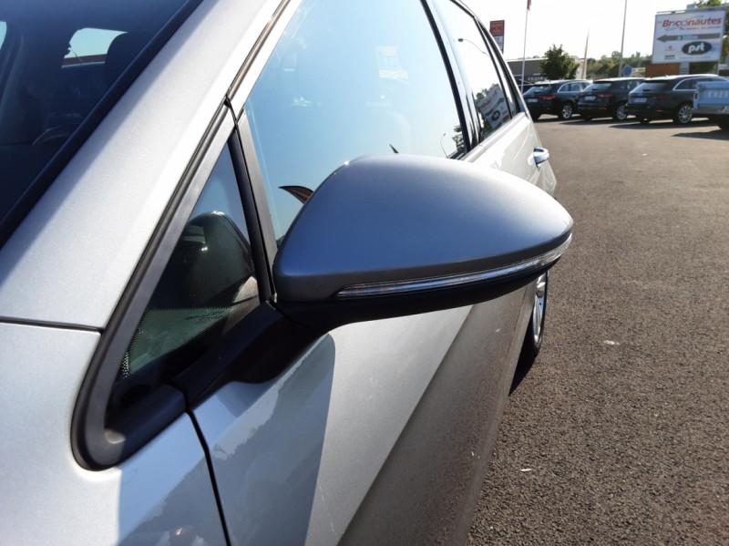Photo 22 de l'offre de VOLKSWAGEN GOLF 1.6 TDI 110ch  BMT FAP Confortline à 13900€ chez Centrale auto marché Périgueux