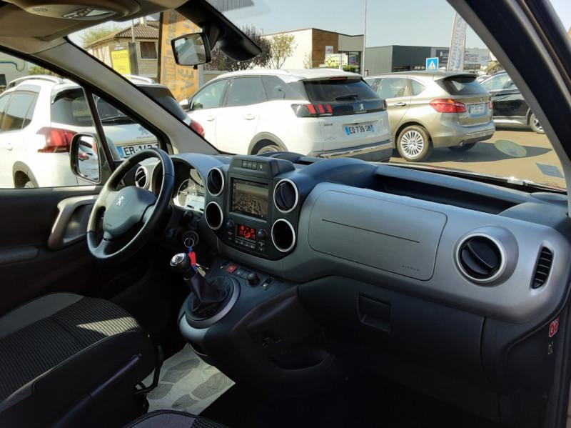 Photo 11 de l'offre de PEUGEOT PARTNER Tepee 1.6 BlueHDi 100ch SetS BVM5 Outdoor à 14990€ chez Centrale auto marché Périgueux