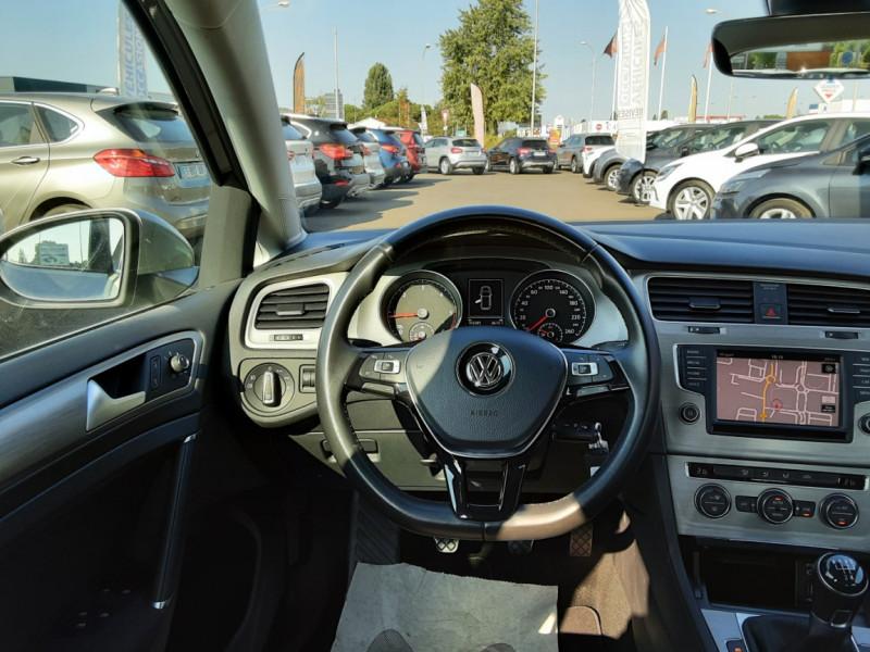 Photo 7 de l'offre de VOLKSWAGEN GOLF 1.6 TDI 110ch  BMT FAP Confortline à 13900€ chez Centrale auto marché Périgueux