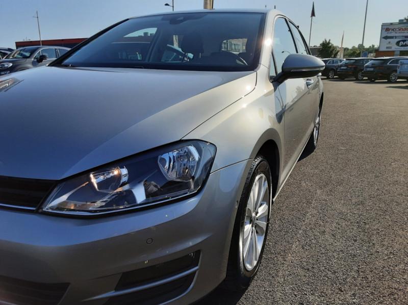 Photo 5 de l'offre de VOLKSWAGEN GOLF 1.6 TDI 110ch  BMT FAP Confortline à 13900€ chez Centrale auto marché Périgueux