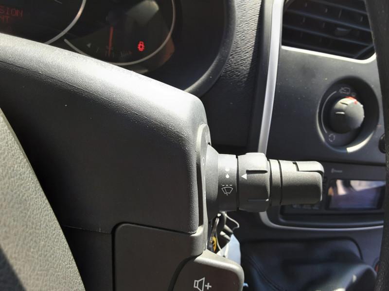 Photo 46 de l'offre de RENAULT KANGOO EXPRESS 1.5 DCI 75 ENERGY E6 CONFORT à 10300€ chez Centrale auto marché Périgueux