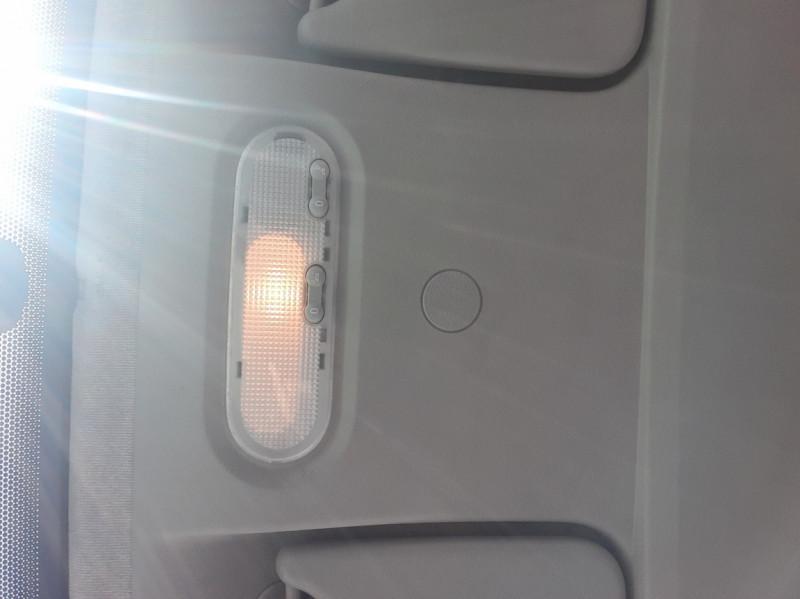 Photo 50 de l'offre de RENAULT KANGOO EXPRESS 1.5 DCI 75 ENERGY E6 CONFORT à 10300€ chez Centrale auto marché Périgueux