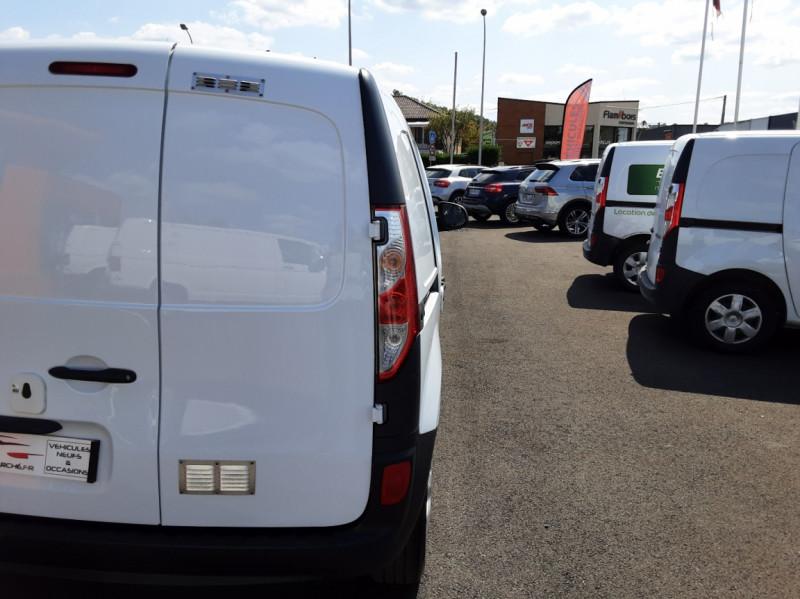 Photo 42 de l'offre de RENAULT KANGOO EXPRESS 1.5 DCI 75 ENERGY E6 CONFORT à 10300€ chez Centrale auto marché Périgueux