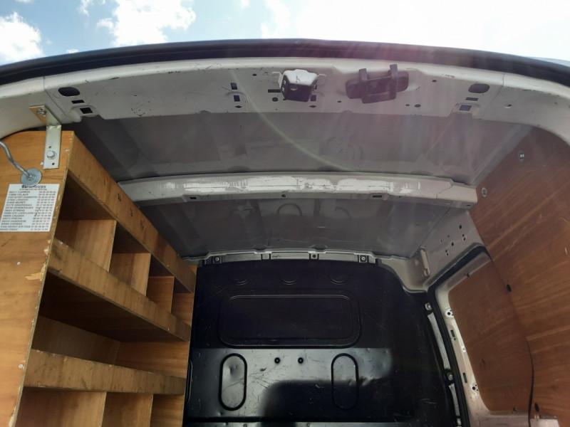 Photo 17 de l'offre de RENAULT KANGOO EXPRESS 1.5 DCI 75 ENERGY E6 CONFORT à 10300€ chez Centrale auto marché Périgueux