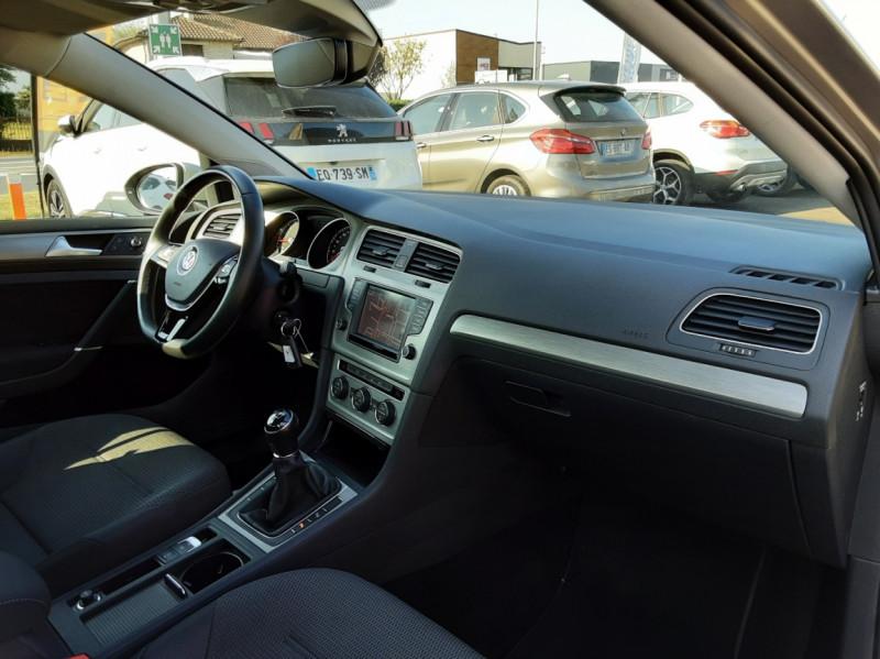 Photo 10 de l'offre de VOLKSWAGEN GOLF 1.6 TDI 110ch  BMT FAP Confortline à 13900€ chez Centrale auto marché Périgueux
