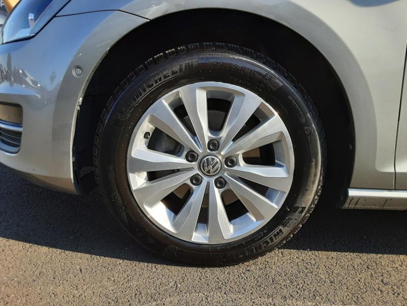 Photo 20 de l'offre de VOLKSWAGEN GOLF 1.6 TDI 110ch  BMT FAP Confortline à 13900€ chez Centrale auto marché Périgueux