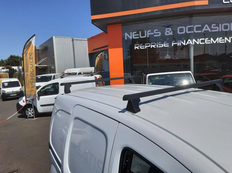 Photo 30 de l'offre de RENAULT KANGOO EXPRESS L1 1.5 DCI 90 ENERGY EXTRA R-LINK à 10500€ chez Centrale auto marché Périgueux