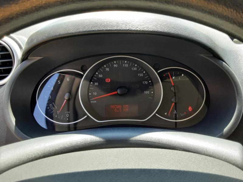 Photo 10 de l'offre de RENAULT KANGOO EXPRESS L1 1.5 DCI 90 ENERGY EXTRA R-LINK à 10500€ chez Centrale auto marché Périgueux