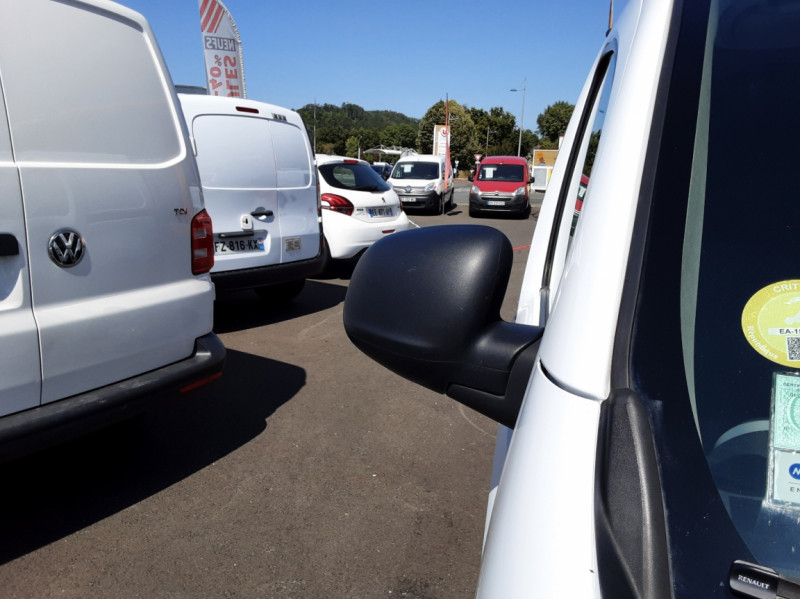 Photo 41 de l'offre de RENAULT KANGOO EXPRESS L1 1.5 DCI 90 ENERGY EXTRA R-LINK à 10500€ chez Centrale auto marché Périgueux