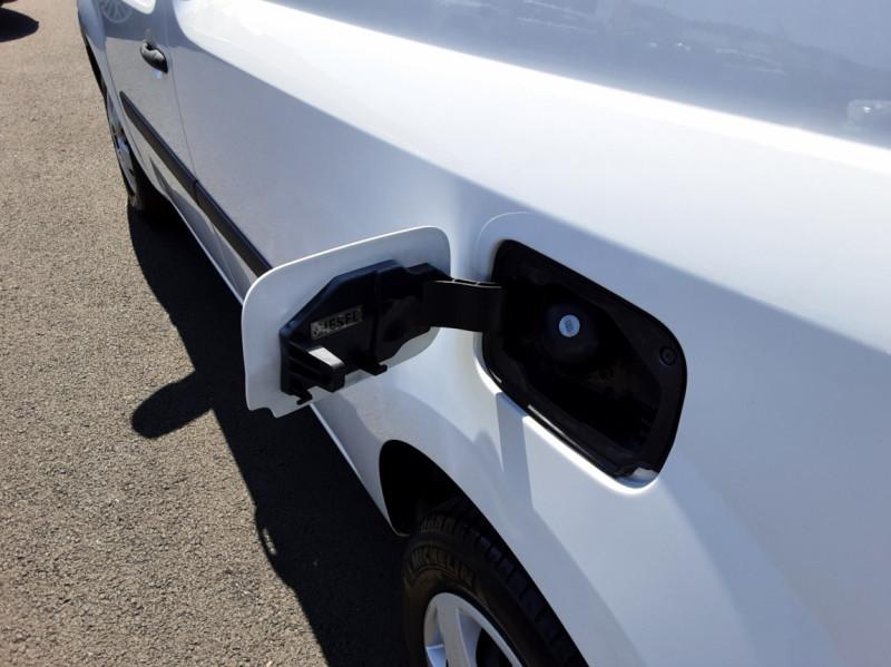 Photo 42 de l'offre de RENAULT KANGOO EXPRESS L1 1.5 DCI 90 ENERGY EXTRA R-LINK à 10500€ chez Centrale auto marché Périgueux