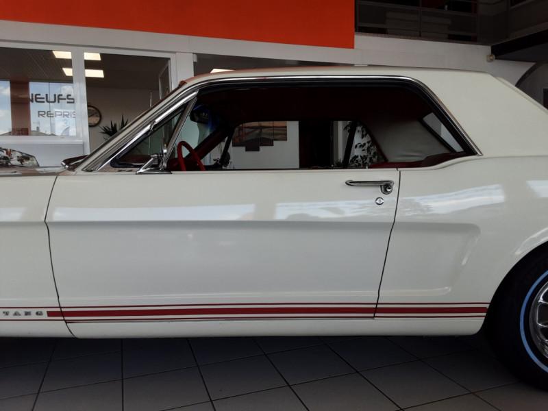 Photo 20 de l'offre de FORD MUSTANG COUPE GT V8 CODE A à 42000€ chez Centrale auto marché Périgueux