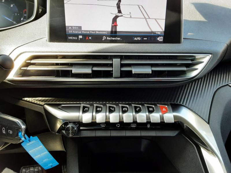 Photo 26 de l'offre de PEUGEOT 3008 1.6 BlueHDi 120ch SetS EAT6 Active Business à 22300€ chez Centrale auto marché Périgueux