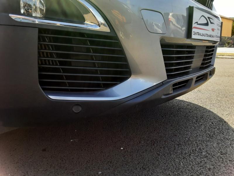 Photo 17 de l'offre de PEUGEOT 3008 1.6 BlueHDi 120ch SetS EAT6 Active Business à 22300€ chez Centrale auto marché Périgueux