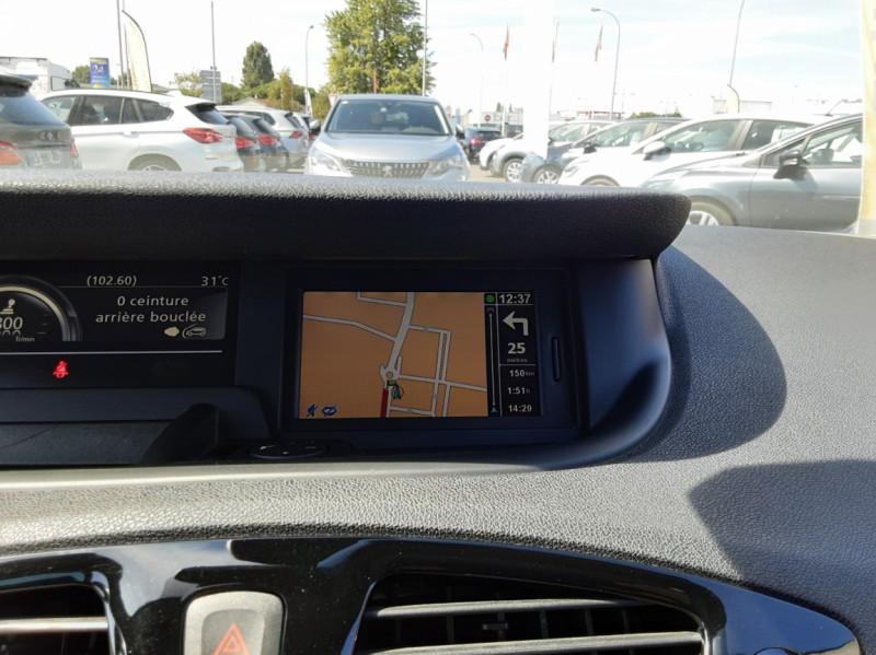 Photo 15 de l'offre de RENAULT SCENIC dCi 130 Energy FAP eco2 Bose Edition à 8900€ chez Centrale auto marché Périgueux