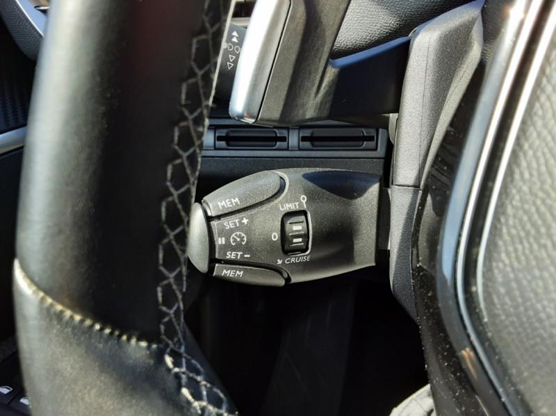 Photo 25 de l'offre de PEUGEOT 3008 1.6 BlueHDi 120ch SetS EAT6 Active Business à 22300€ chez Centrale auto marché Périgueux