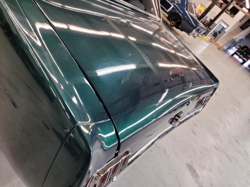 Photo 8 de l'offre de FORD MUSTANG COUPE 302 CI V8 verte à 35000€ chez Centrale auto marché Périgueux