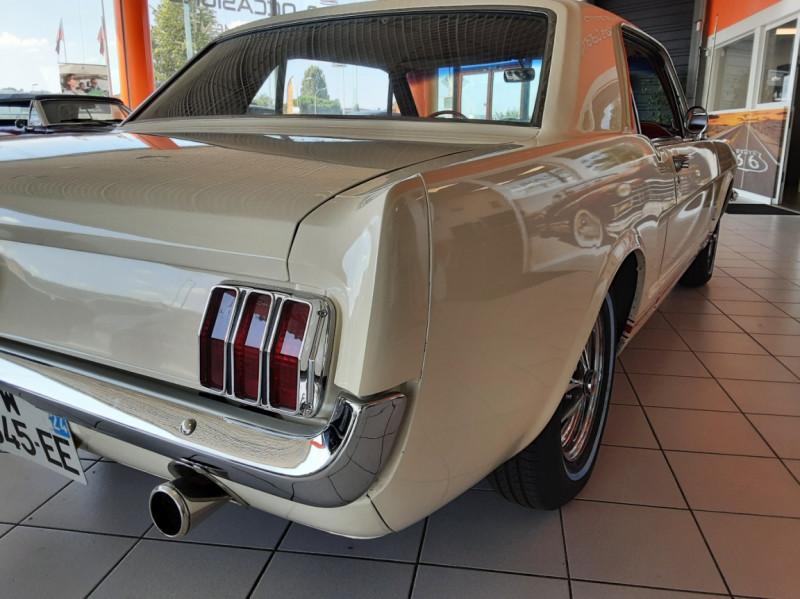 Photo 10 de l'offre de FORD MUSTANG COUPE GT V8 CODE A à 42000€ chez Centrale auto marché Périgueux