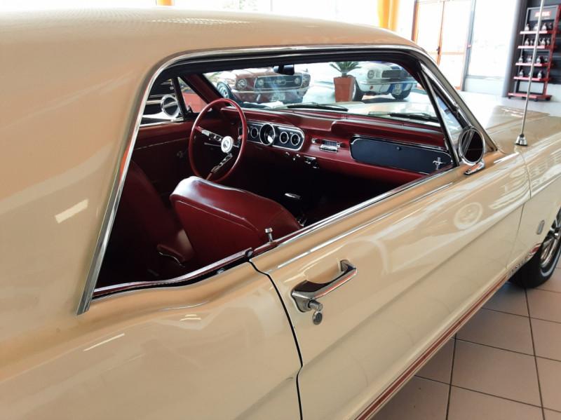 Photo 34 de l'offre de FORD MUSTANG COUPE GT V8 CODE A à 42000€ chez Centrale auto marché Périgueux