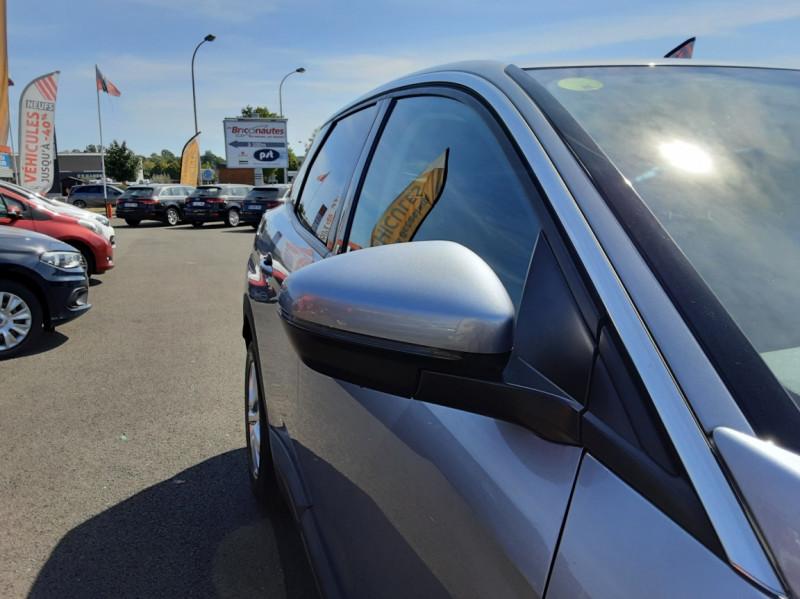 Photo 21 de l'offre de PEUGEOT 3008 1.6 BlueHDi 120ch SetS EAT6 Active Business à 22300€ chez Centrale auto marché Périgueux