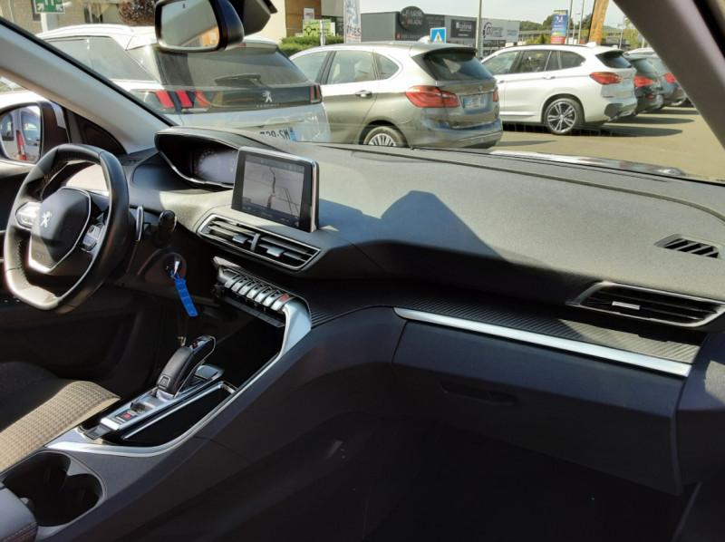 Photo 10 de l'offre de PEUGEOT 3008 1.6 BlueHDi 120ch SetS EAT6 Active Business à 22300€ chez Centrale auto marché Périgueux
