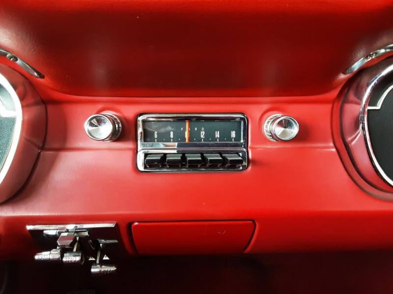 Photo 28 de l'offre de FORD MUSTANG COUPE GT V8 CODE A à 42000€ chez Centrale auto marché Périgueux