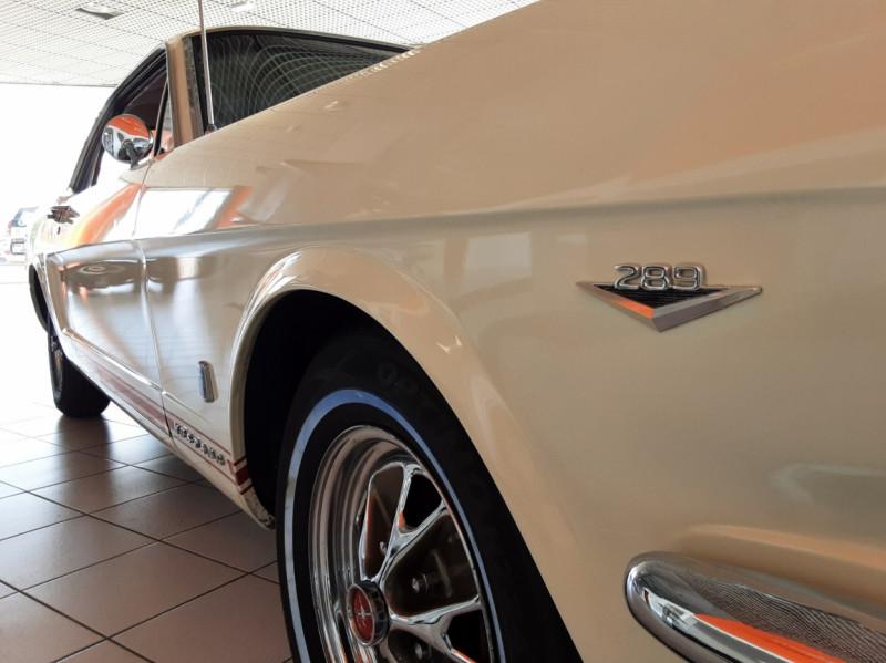 Photo 8 de l'offre de FORD MUSTANG COUPE GT V8 CODE A à 42000€ chez Centrale auto marché Périgueux