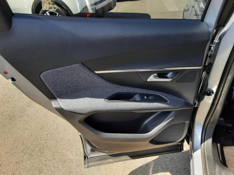 Photo 41 de l'offre de PEUGEOT 3008 1.6 BlueHDi 120ch SetS EAT6 Active Business à 22300€ chez Centrale auto marché Périgueux