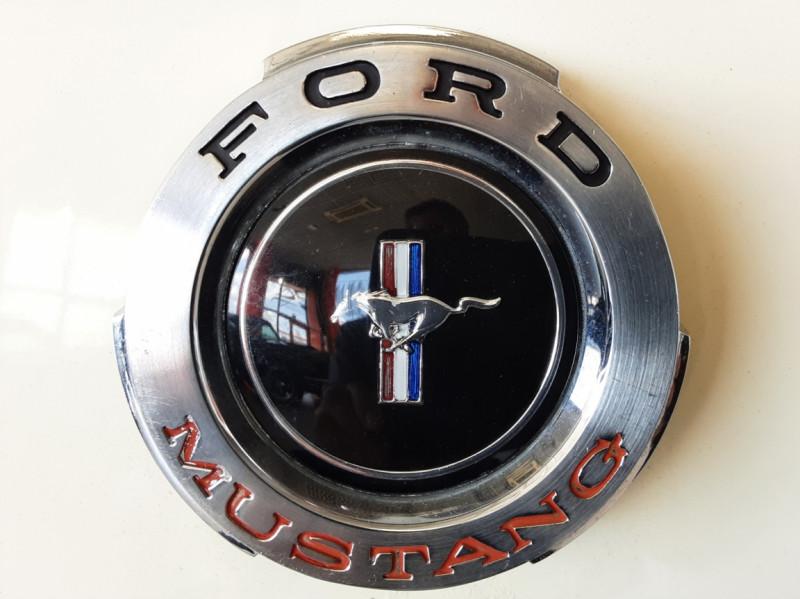 Photo 49 de l'offre de FORD MUSTANG COUPE GT V8 CODE A à 42000€ chez Centrale auto marché Périgueux