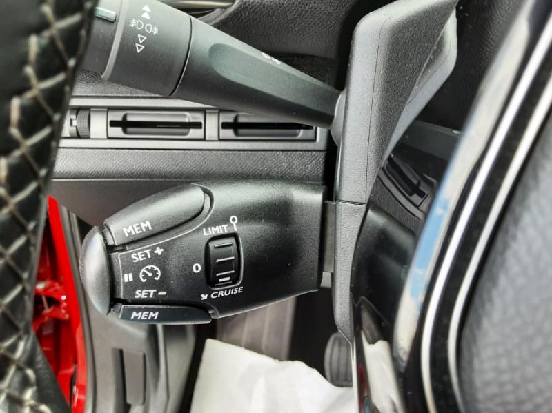 Photo 35 de l'offre de PEUGEOT 3008 1.6 BlueHDi 120ch SetS BVM6 Allure à 20500€ chez Centrale auto marché Périgueux